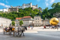 Kapitelplatz Salzburg mit Festung